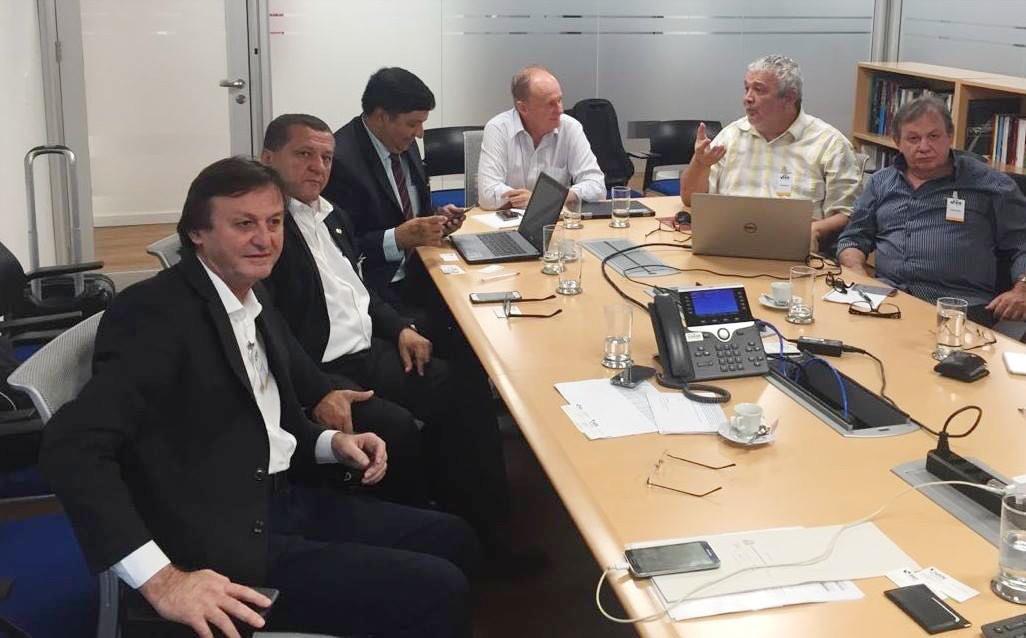 Cirilo Pimenta participa de reunião do BID em Brasília