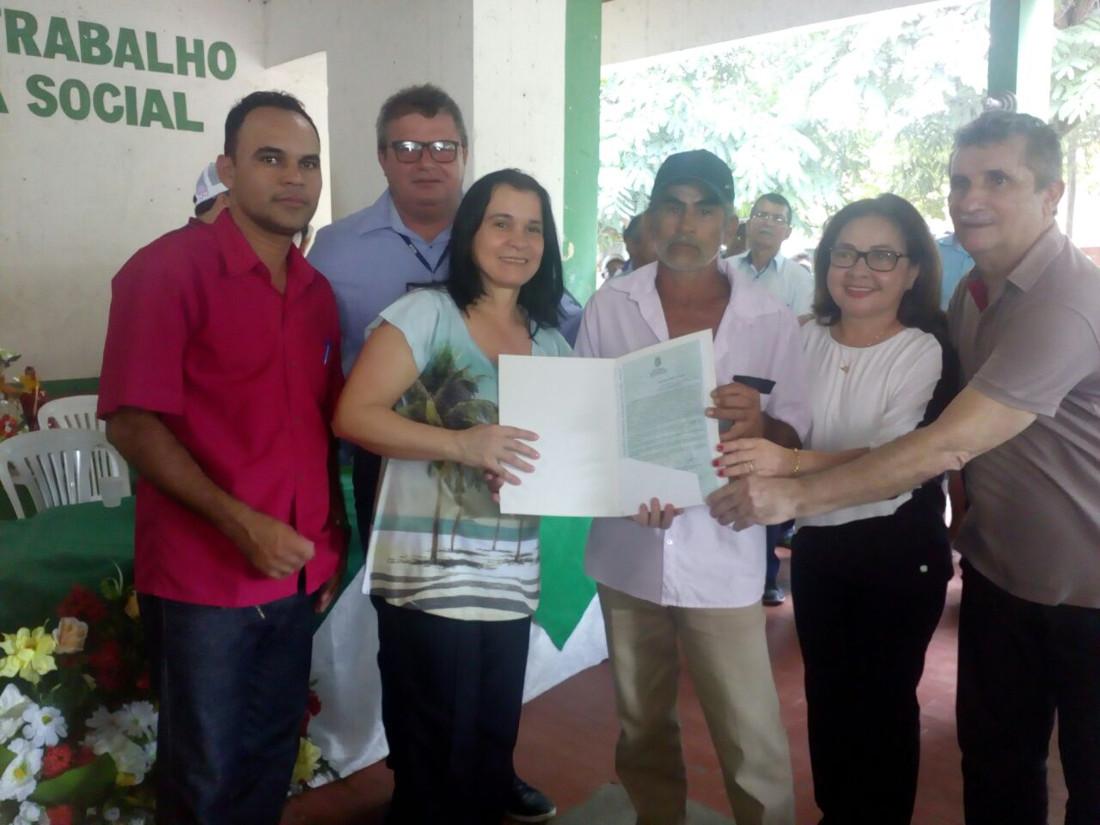 Entrega de Títulos em Pacujá e Santana do Acaraú