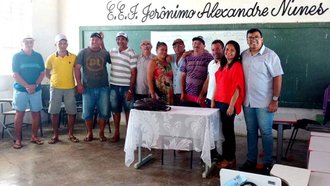 Idace e SDA realizam encontro para implantar projeto produtivo em Agrovila