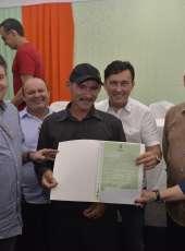 Itarema recebe 184 de títulos de terra do Programa de Regularização Fundiária