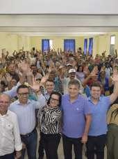Entrega de títulos de imóveis rurais transforma expectativa em realidade em Canindé