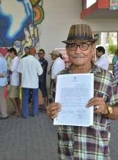 Governo do Ceará entrega 91  títulos de imóveis rurais em Itapajé