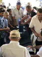 Governo do Ceará entregou 254 títulos de imóveis rurais e investiu na recuperação de estradas na região Norte