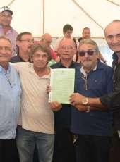 142 agricultores familiares de Jaguaretama recebem o título de terra