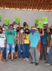 Idace entrega peças técnicas de imóveis rurais no município de Catunda